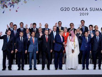 Encontro com líder francês foi  amistoso , diz porta-voz brasileiro. Macron ameaçou boicotar acordo entre UE e Mercosul caso Bolsonaro abandonasse Acordo do Clima