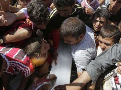 Yazidis refugiados pela violência do Estado Islâmico.