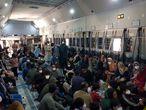 KABUL (AFGANISTÁN), 26/08/2021.- Los aviones militares españoles aprovechan al máximo sus capacidades de transporte para evacuar al mayor número de colaboradores afganos en el menor tiempo posible dentro del operativo Dubái-Kabul-Dubái. EFE/Ministerio de Defensa - SOLO USO EDITORIAL/SOLO DISPONIBLE PARA ILUSTRAR LA NOTICIA QUE ACOMPAÑA (CRÉDITO OBLIGATORIO) -