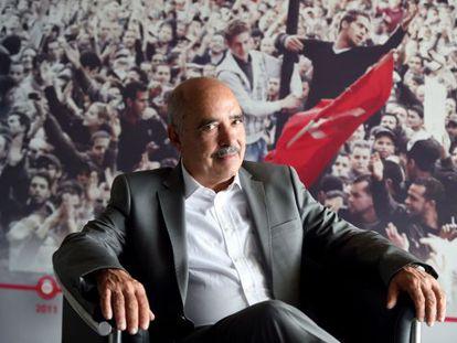 Abdessattar Ben Moussa, presidente da organização de direitos humanos ganhadora do Nobel.