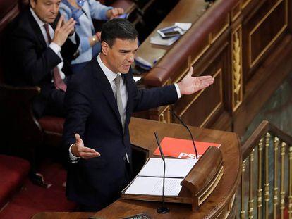 Pedro Sánchez durante o debate da moção de censura, nesta quinta-feira.