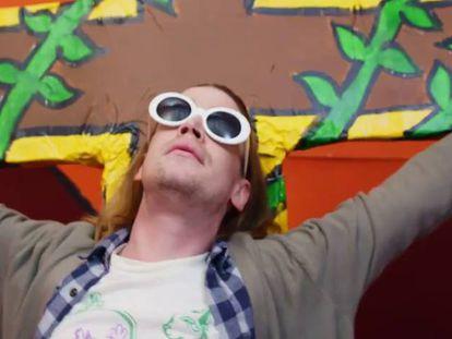 Macaulay Culkin é Kurt Cobain no novo vídeo de Father John Misty