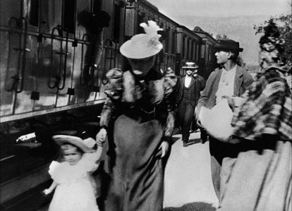 Fotograma de 'Chegada de um trem à estação de La Ciotat', de 1895.