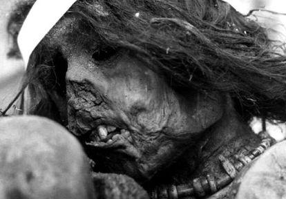 Múmia do menino inca sacrificado em 1500.