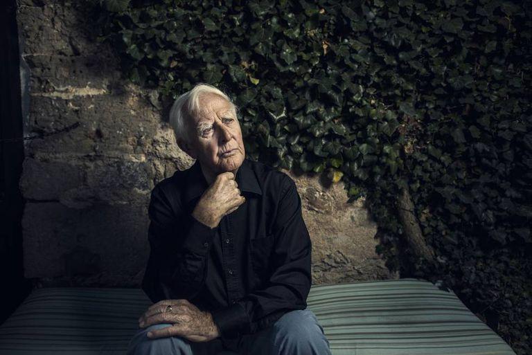 John Lhe Carré, retratado em Deia (Maiorca) em agosto.