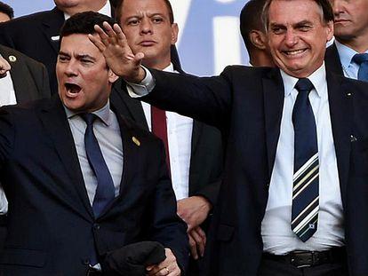 Moro e Bolsonaro celebram vitória do Brasil no Mineirão.