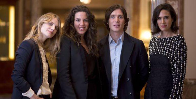 De esquerda a direita, Mélanie Laurent, a diretora Claudia Llosa, Cillian Murphy e Jennifer Connelly, a equipe de 'Não chore, voa'.