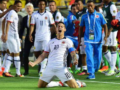James se diverte com a Colômbia