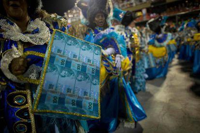 Integrante da Beija-Flor, escola vencedora do carnaval 2018