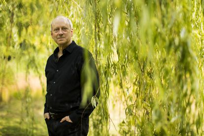 O filósofo Michael Sandel, professor de Harvard, no parque Larz Anderson em Brookline (Massachusetts), no domingo passado (6 de setembro).