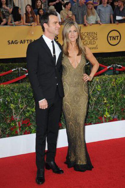 Theroux e Aniston na edição 21 dos prêmios Screen Actors Guild.