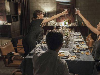 Cena de 'O Banquete', filme de Daniela Thomas.