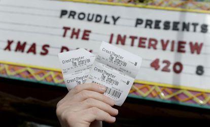 Entradas para ver 'A Entrevista' em um cinema de Los Angeles.