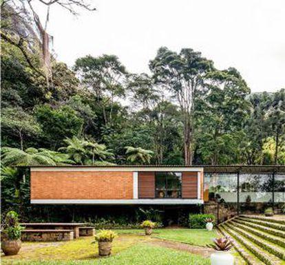 A casa de 1951 do arquiteto Sérgio Bernardes, onde Elizabeth Bishop morou, em Petrópolis.