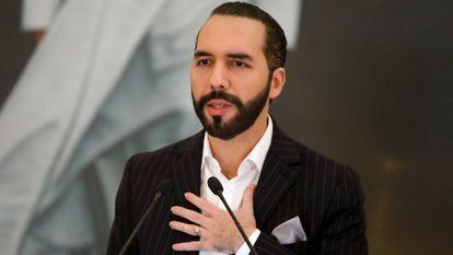 Nayib Bukele, presidente de El Salvador, em uma entrevista coletiva em junho passado.