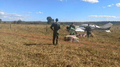 Foto cedida pela PM de Goiás mostra a aeronave.