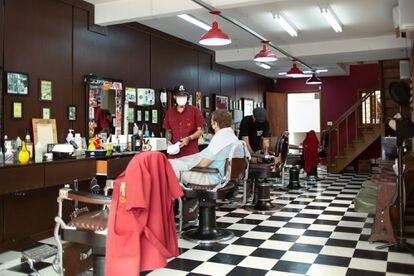 Salões de beleza e barbearias foram autorizadas a reabrirem nesta segunda-feira, 6 de julho.