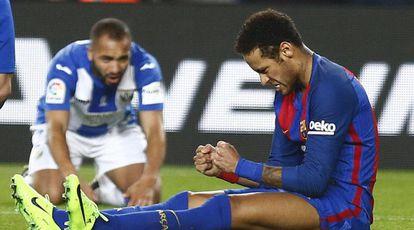 Neymar comemora o pênalti sofrido contra o Leganés no último sábado.