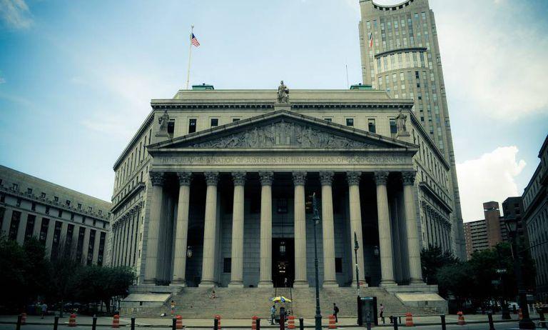 A Corte Suprema de Nova York.