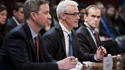 Representantes do Twitter, do Facebook e do Google prestam depoimento no Congresso dos EUA.