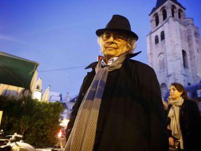 Adonis, domingo à noite em Paris.