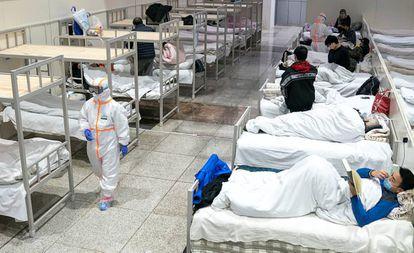 O Centro Internacional de Exposições de Wuhan, transformado em hospital para pacientes com sintomas de coronavírus.