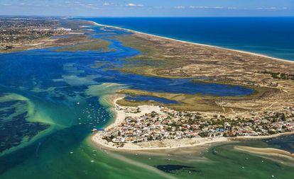 Ilha de Armona, na ria Formosa, a sudeste de Portugal.