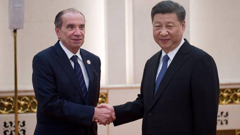 O chanceler brasileiro, Aloysio Nunes, e o presidente chinês, Xi Jinping.