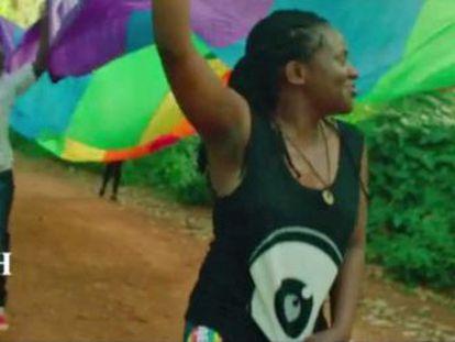 Ruth Muganzi, militante em defesa dos direitos LGTB, vive em um país onde o governo criou uma lei que criminaliza as minorias sexuais