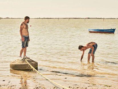 Fotograma do filme 'Entre duas águas', de Isaki Lacuesta