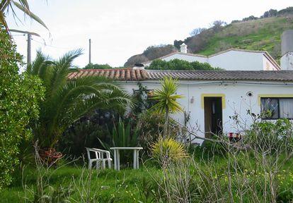 Casa onde morava o suspeito de matar Madeleine McCann na região do Algarve, em Portugal, em foto divulgada pela polícia alemã.
