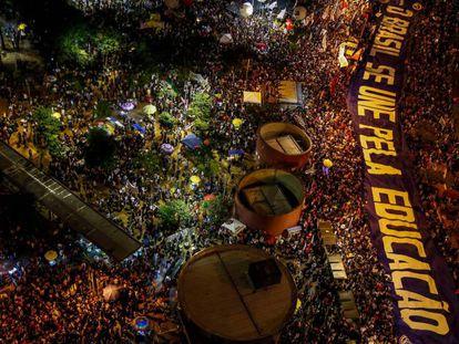 Manifestação na quinta-feira pela educação em São Paulo.