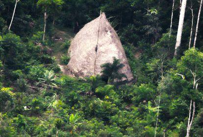Residência indígena fotografada em 2017 no Amazonas.