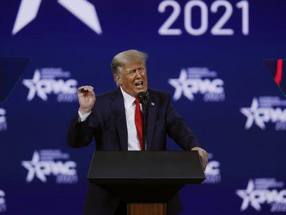 Donald Trump durante seu discurso deste domingo no encerramento da Conferência de Ação Política Conservadora, em Orlando.