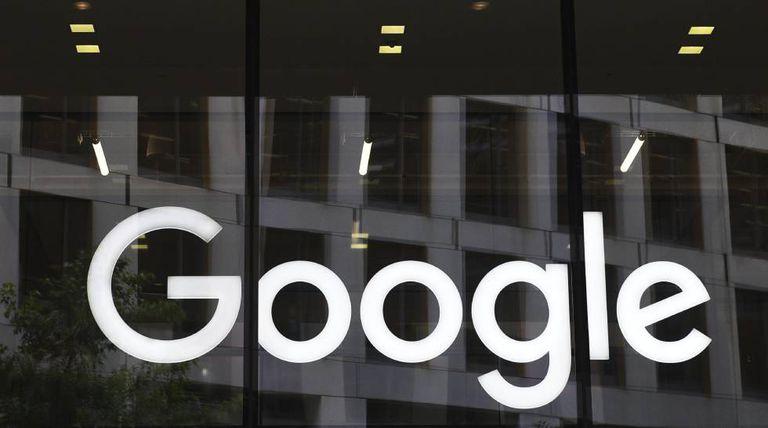Logomarca do Google na sede da empresa em Londres.