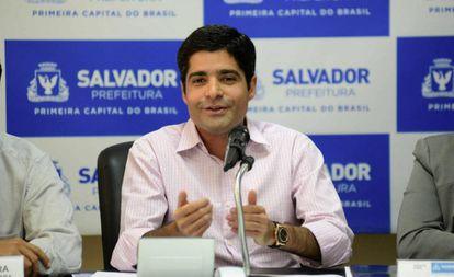 ACM Neto em entrevista coletiva em Salvador.