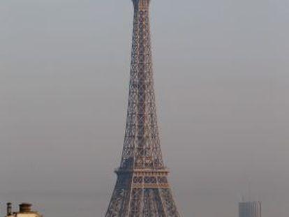A Torre Eiffel, em Paris.
