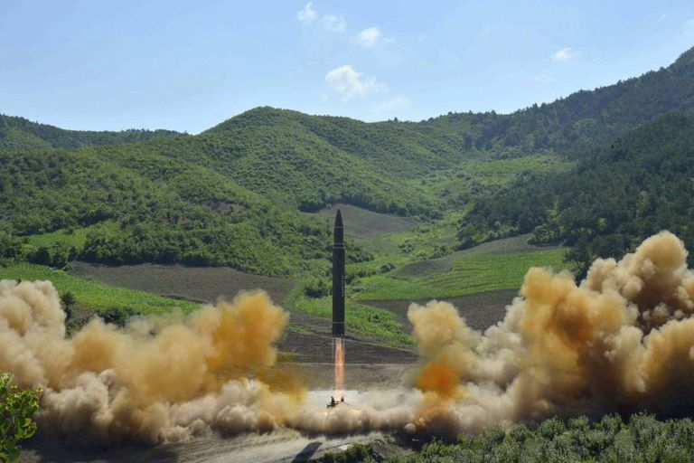 Foto de suposto míssil intercontinental divulgada em julho pelo Governo da Coreia