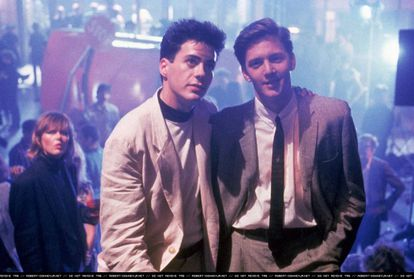 Robert Downey Jr. (recém-chegado à maioridade) e Andrew McCarthy em 'Abaixo de Zero' (1987), adaptação do romance homônimo de Bret Easton Ellis.