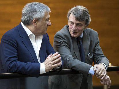 O novo presidente da Eurocâmara, David Sassoli (direita).