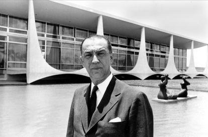 Presidente Juscelino Kubitschek em Brasília. (AP Photo)