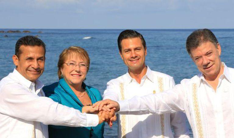 Humala, Bachelet, Peña Nieto e Santos, no México.