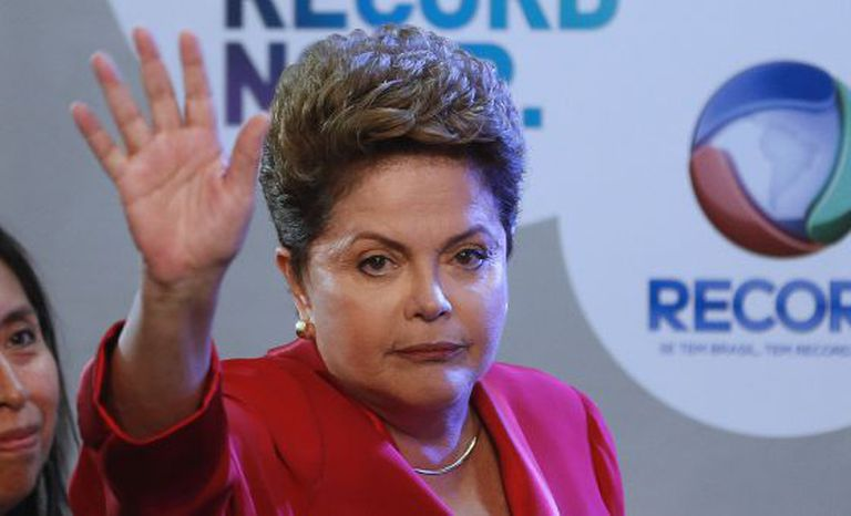 Dilma Rousseff no debate da TV Record, no domingo.