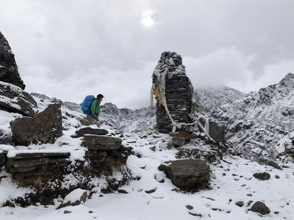 Lakpa Nuru Sherpa, um dos autores do livro 'Sherpas: La Otra Historia del Himalaya', no Zetra La.