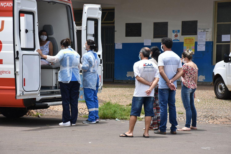Maria das Dores Vieira Gonçalves, de 70 anos, é transferida de pronto socorro de Coromandel.