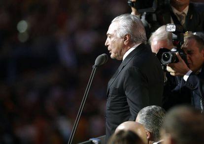 O presidente interino, Michel Temer, declara abertos os Jogos do Rio de Janeiro.