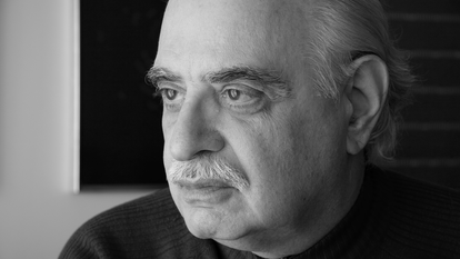 O poeta Augusto de Campos.