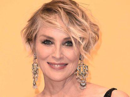 Sharon Stone em um evento beneficente no Tennessee.