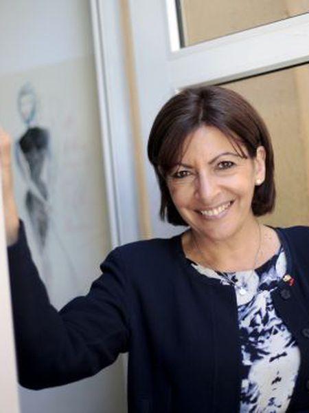Anne Hidalgo, prefeita de Paris, nesta sexta-feira em Madri.