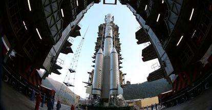 O foguete Longa Marcha 3B que foi lançado à Lua.